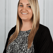 Natalie-Jones---Manager-manchester-road-swinton